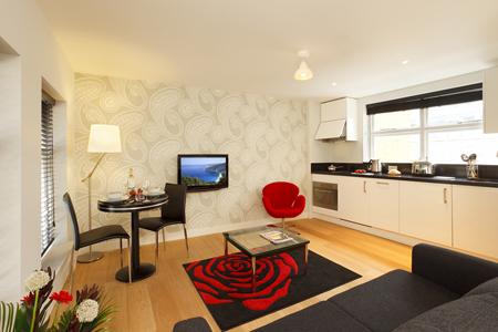 Living room at SACO Fleet Street - Crane Court