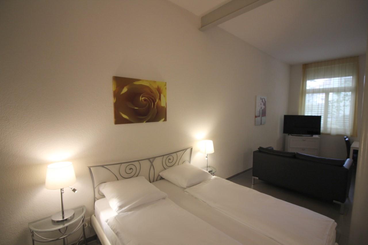 Cosy bedroom at Oerlikon Lodge