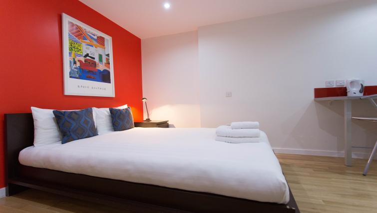 Double studio apartment at Princes Square Apartments