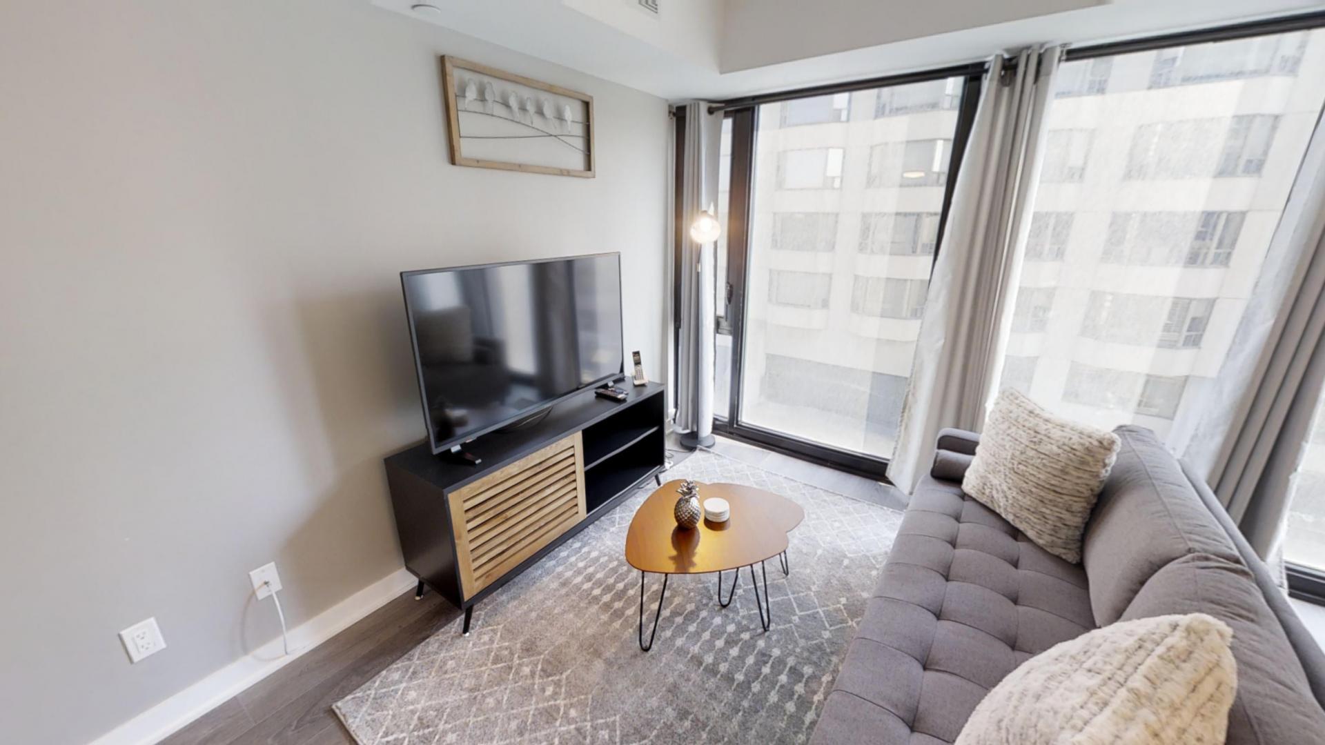 Yorkville Apartments, Toronto, SilverDoor Apartments