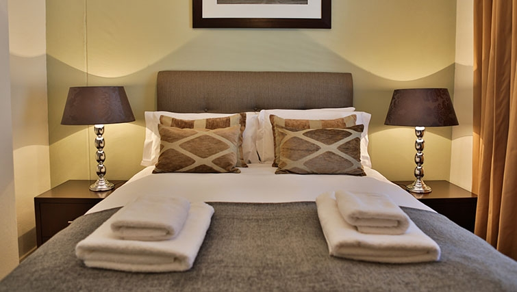 Bedroom at Westpoint Executive Suites