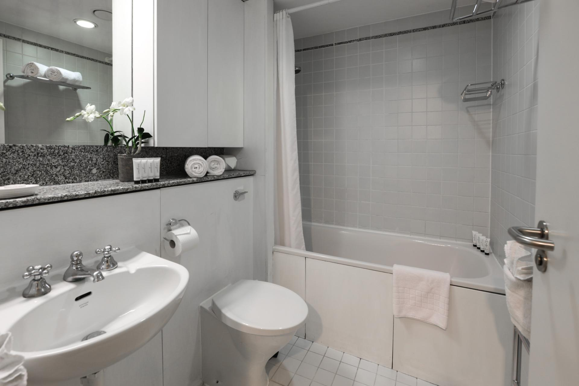 Modern bathroom at 116 Point West Apartments, South Kensington, London