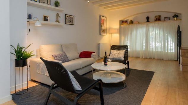 Living room at Boqueria Home Apartment, Gothic Quarter, Barcelona