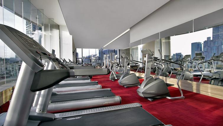 Gym at ark Suanplu Apartments