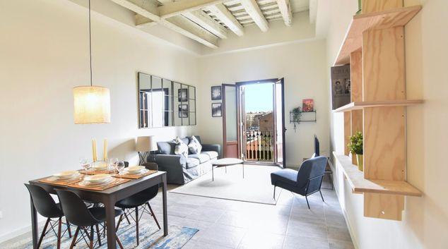 Living area at La Reina Apartment, Gothic Quarter, Barcelona