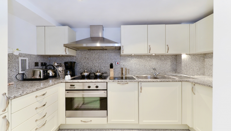 Outstanding kitchen in St Johns Westminster Apartments
