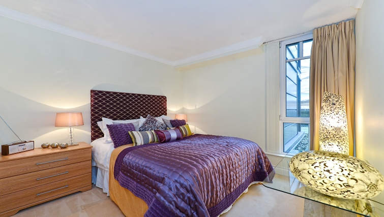 Attractive bedroom in St Johns Westminster Apartments