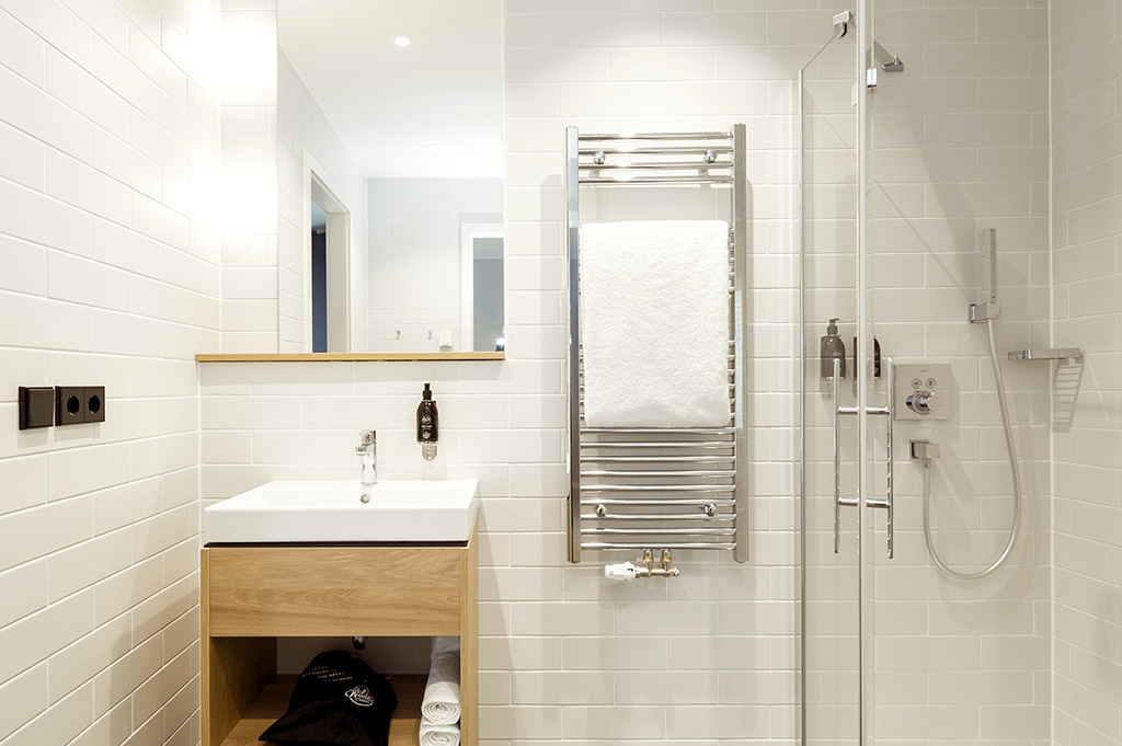 Bathroom at Wilde Aparthotels by Staycity Grassmarket, Centre, Edinburgh
