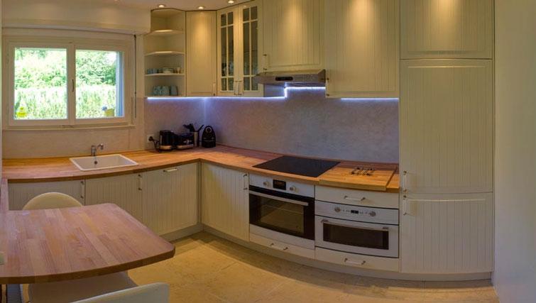 Kitchen at Dully Apartment, Dully, Nyon