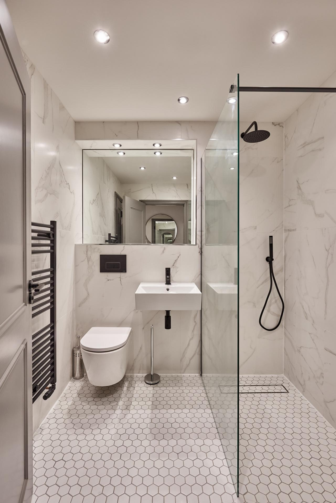 2nd Bathroom at The St Paul's Residence, Jewellery Quarter, Birmingham