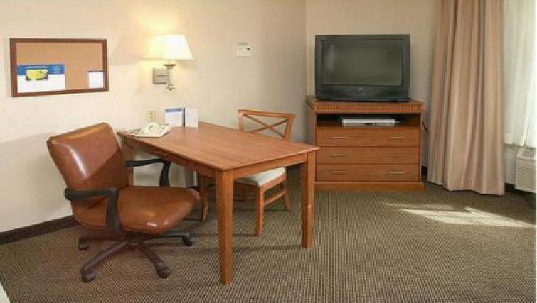 Compact living area in Candlewood Suites Philadelphia - Mt. Laurel