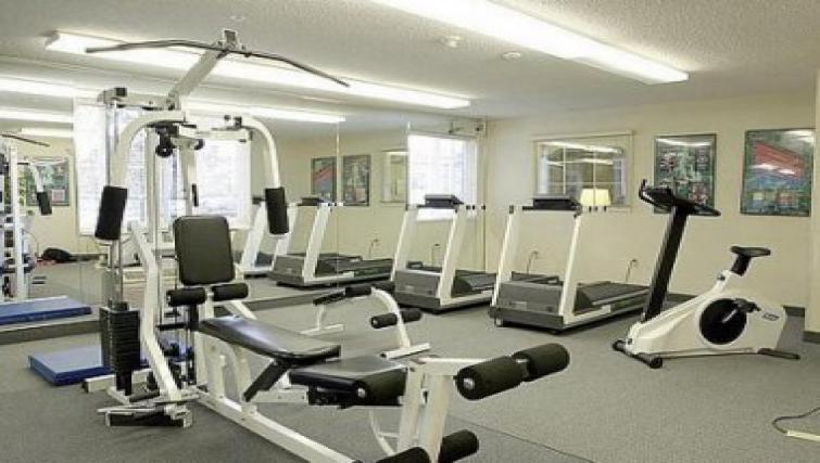 High-tech gym in Candlewood Suites Philadelphia - Mt. Laurel