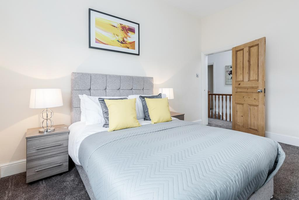 Bedroom at Chesham Court Apartment, Centre, Guildford