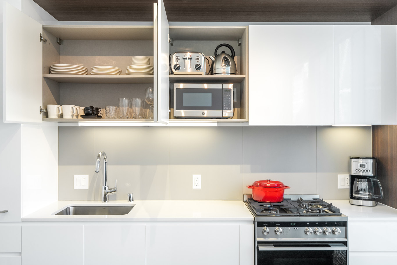 Kitchen at 33 Tehama Apartments, Rincon Hill, San Francisco