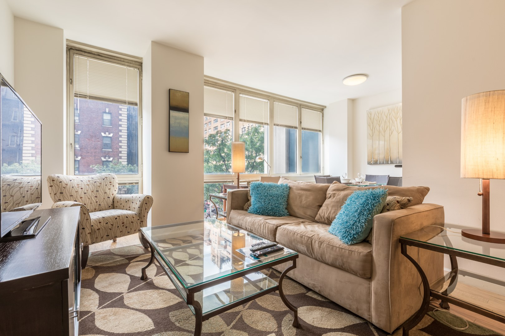 Lounge at The Pearl Apartments, Upper East Side, New York