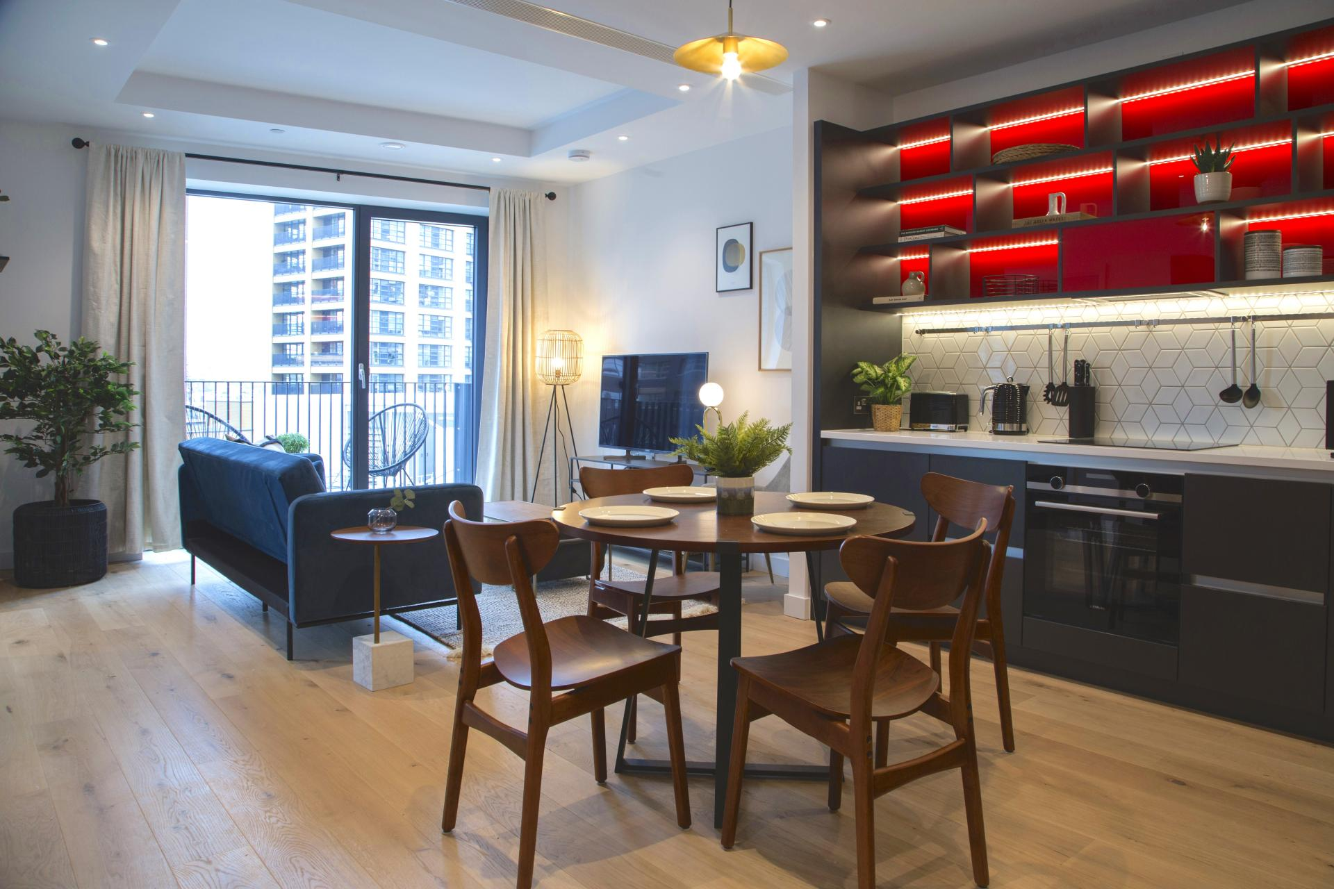 Open plan at London City Island Apartment, Leamouth, London
