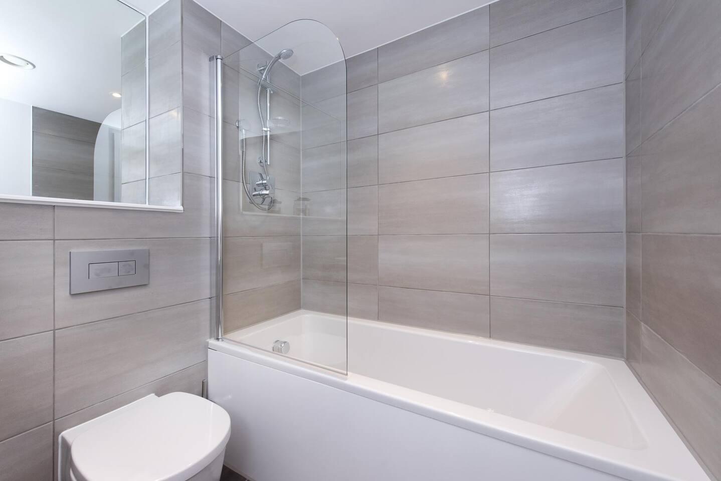 Bathroom at The Lansdowne Apartments, Ladywood, Birmingham