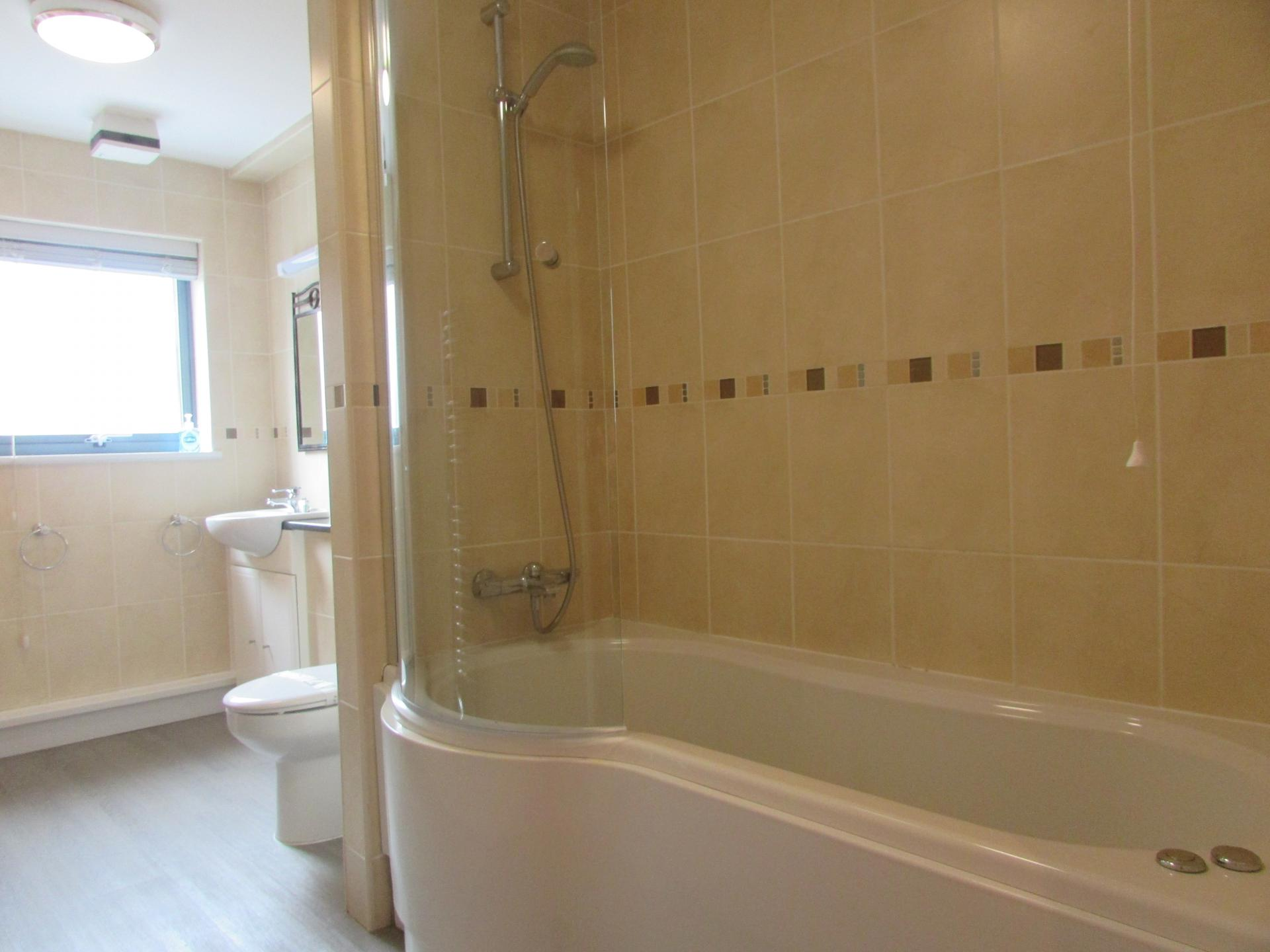 Bath at William Yard Apartment, Millbay, Plymouth