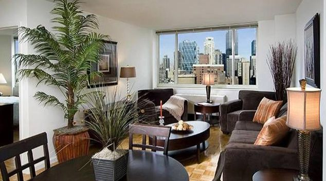 Tidy living area in Archstone Midtown West Street Apartments