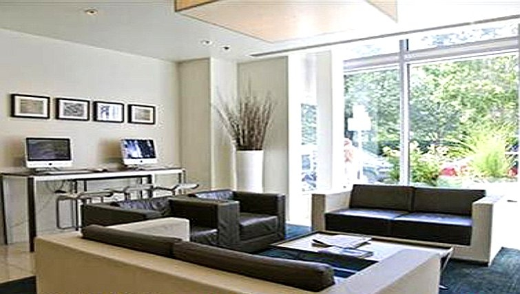 Bold living area in Watermark Cambridge Apartments