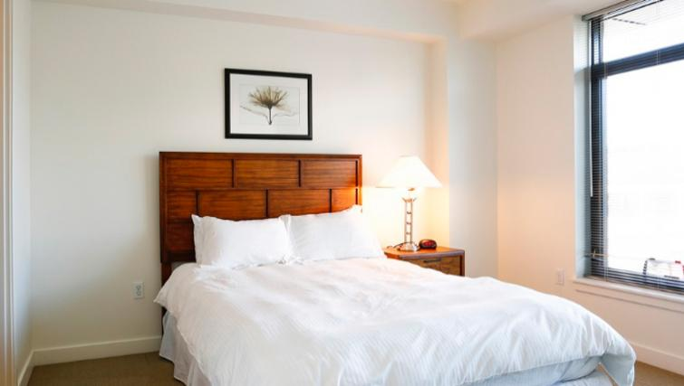 Warm bedroom in 1330 Boylston Apartments
