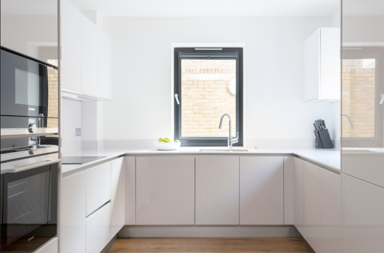 Oven at Drum Court Apartments, Barnsbury, London