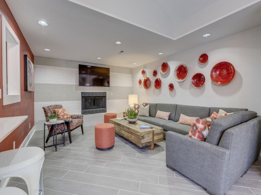 Lounge at Nickel Creek Apartment, Jenks, Tulsa
