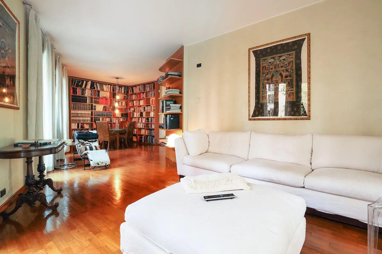 Living area at The Scholar Apartment, Porta Nuova, Milan