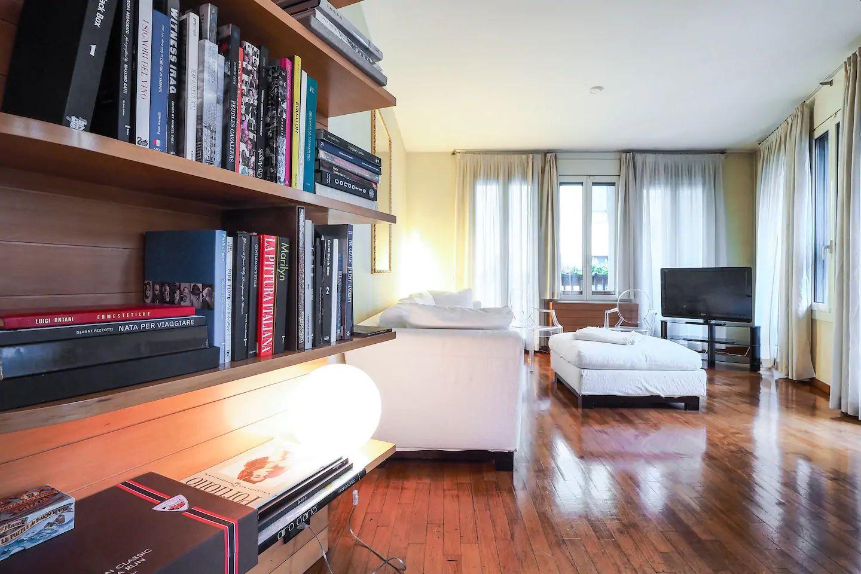 Books at The Scholar Apartment, Porta Nuova, Milan
