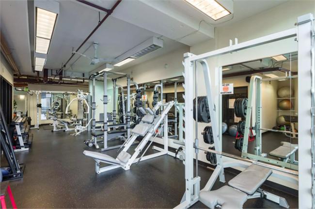 Gym at The Windsor, Centre, Denver