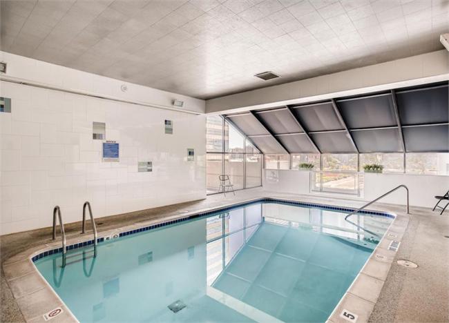 Pool at The Windsor, Centre, Denver