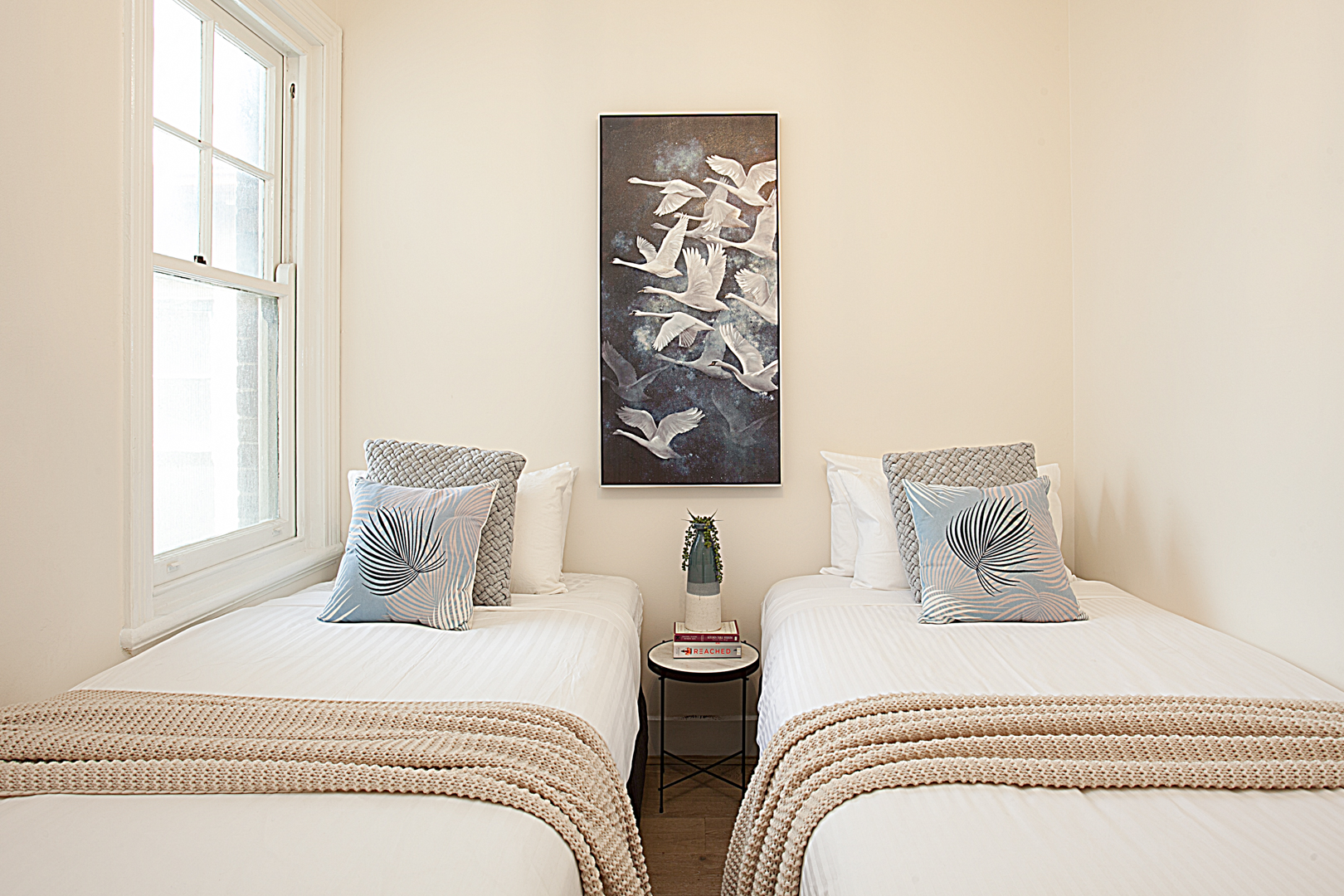 Twin beds at The Miller Apartment, The Rocks, Sydney