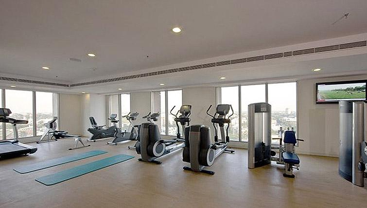 Spacious gym in Oakwood Premier Prestige Bangalore