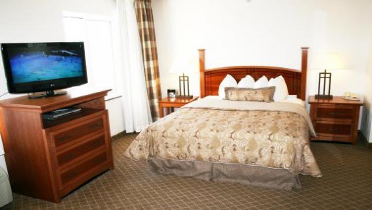 Comfortable bedroom in Staybridge Suites Philadelphia Mt Laurel