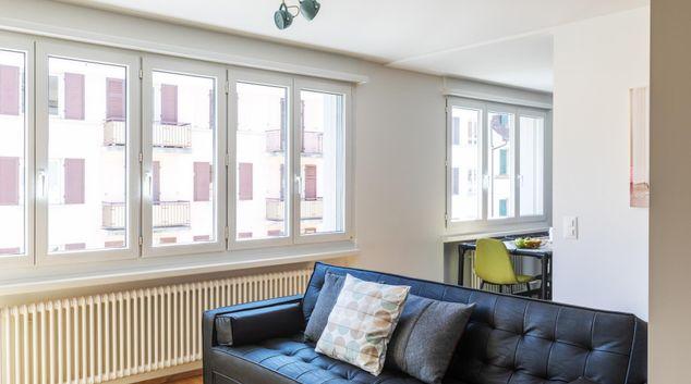 Living area at Elsastrasse 16 Apartment, Aussersihl, Zurich
