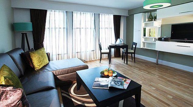Living area in Best Western Maitrise Suites Hotel