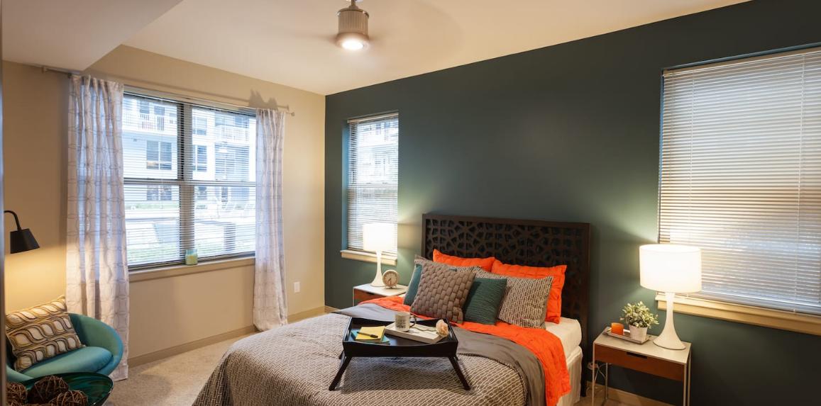 Bedroom at Radius at the Banks, Central Business District, Cincinnati