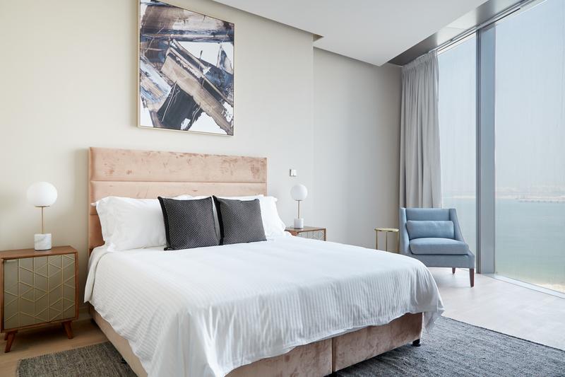 Super king size bed at JBR Suites, Dubai Marina, Dubai