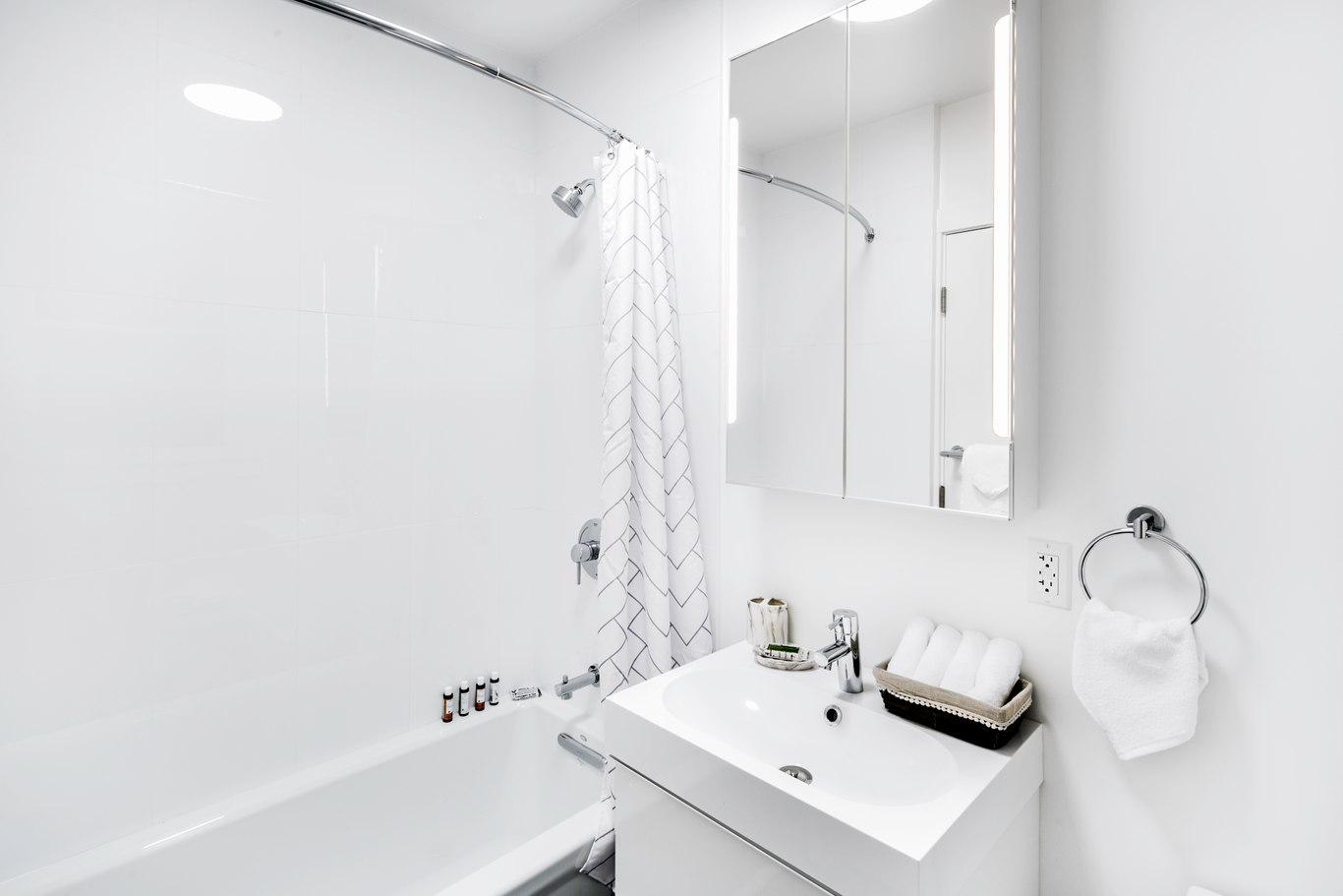 Bathroom at 1801 California Street Apartments, Polk Gulch, San Francisco