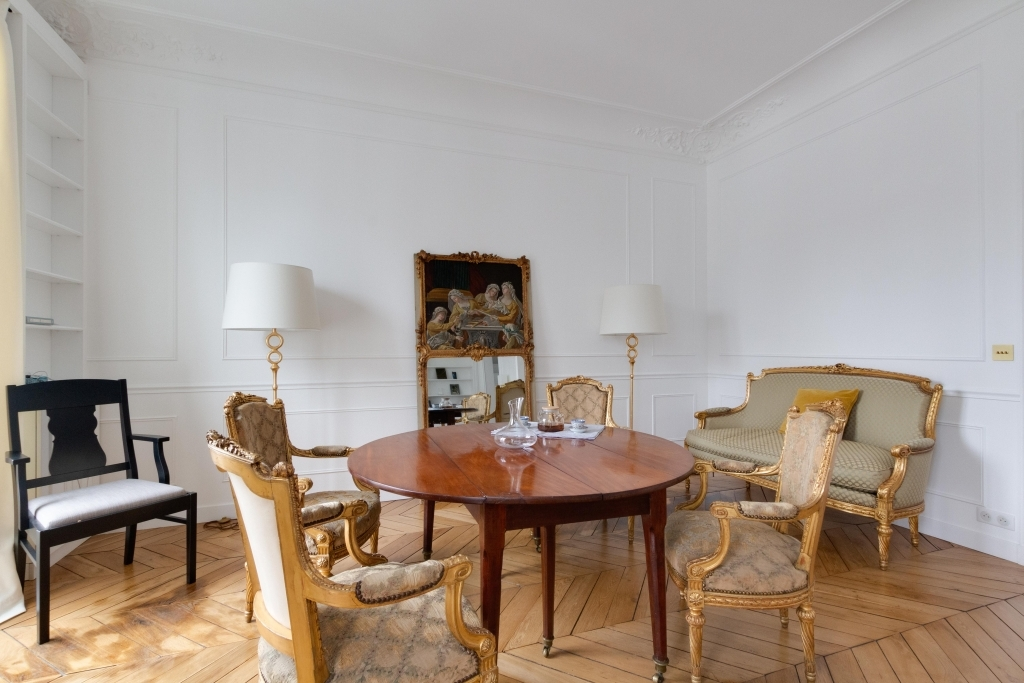 Dining area at White Mozart Apartment, 16th Arr, Paris
