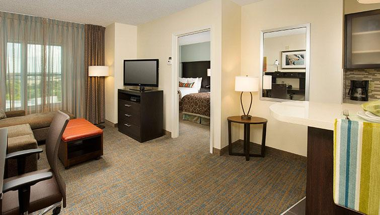 Comfortable living area in Staybridge Suites Toronto Markham