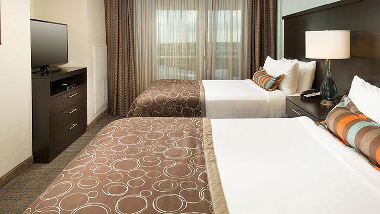 Simple bedroom in Staybridge Suites Toronto Markham
