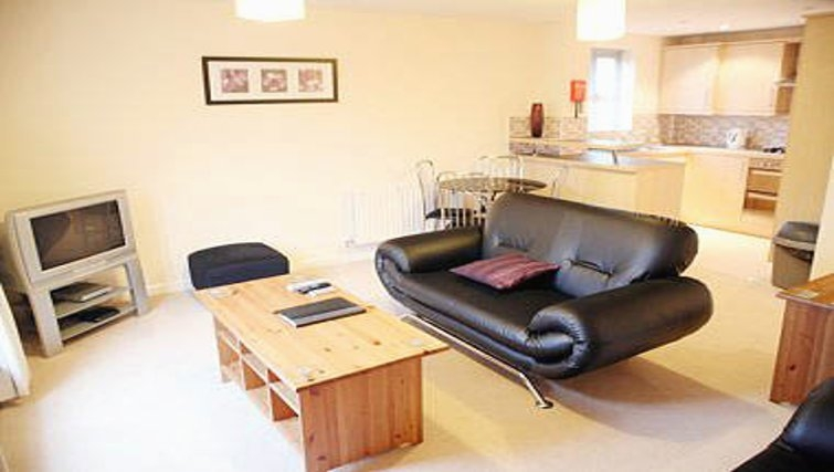 Lovely living area in Brunel Crescent Apartments