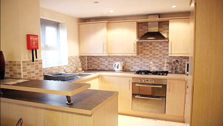 Excellent kitchen in Brunel Crescent Apartments