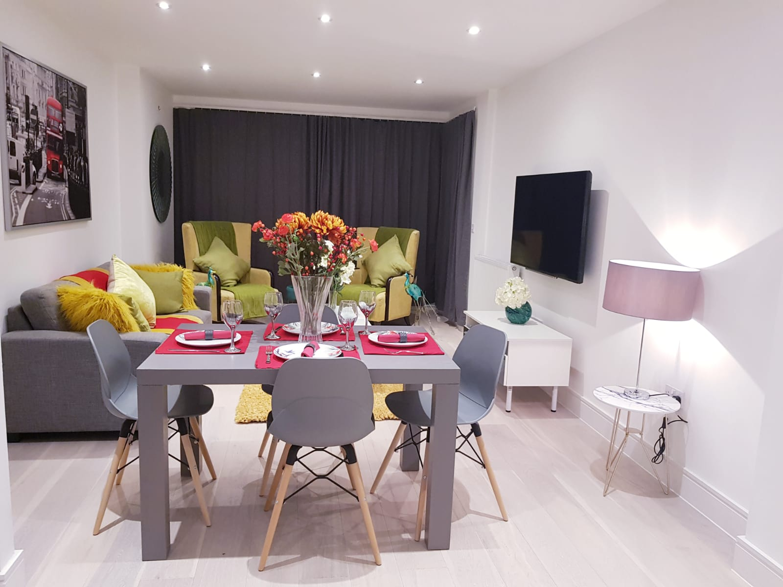 Dining area at Noble House Apartment, Chiswick, London