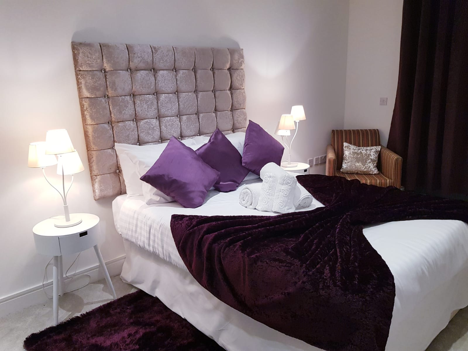 Bed at Noble House Apartment, Chiswick, London