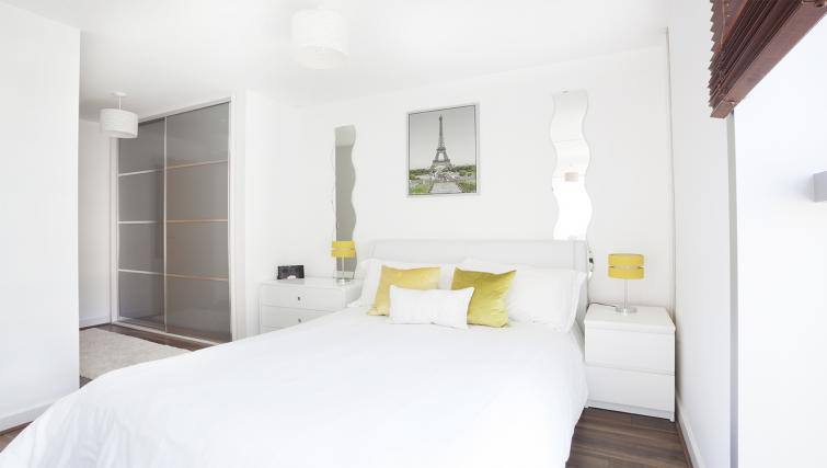 Double bedroom at City Stay Apartments Hub