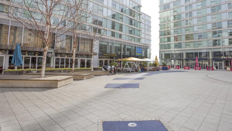 Exterior of City Stay Apartments Hub