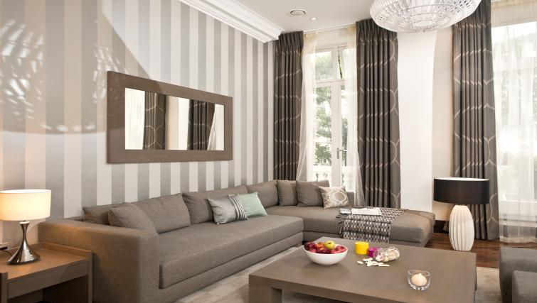 Living area in executive apartment at 130 Queens Gate Apartments