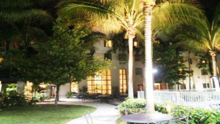 Sweet exterior of in Staybridge Suites Fort Lauderdale/Plantation